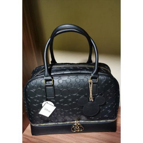 Mickey Mouse nagyméretű fekete táska / utazótáska