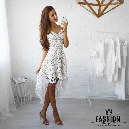 Aszimmetrikus fehér ruha